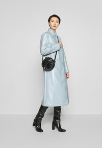 2nd Day - EDITION VERGE - Klassisk frakke - cashmere blue - 1