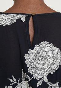White Stuff - EMBROIDERED DRESS - Denní šaty - navy - 4