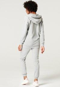 Esprit Maternity - Sweatjakke /Træningstrøjer - medium grey - 6