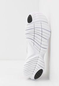 Nike Performance - FREE RN 5.0 - Minimalist running shoes - plum chalk/metallic gold/platinum violet - 4