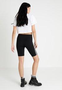 adidas Originals - CYCLING SHORT - Shorts - black - 2
