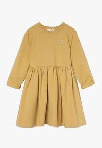 GRO - INA TINKERBELL DRESS - Vestido informal - dusty mustard - 0