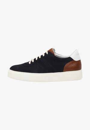 Skate shoes - blau