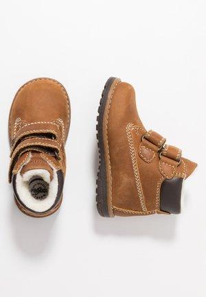 Zimní obuv - senape