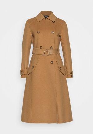 TENUE - Classic coat - kamel