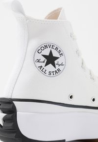 Converse - RUN STAR HIKE - Baskets montantes - white/black - 2