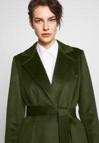MAX&Co. - LONGRUN - Zimní kabát - khaki green - 3