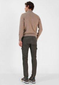 Scalpers - Cargo trousers - khaki - 2