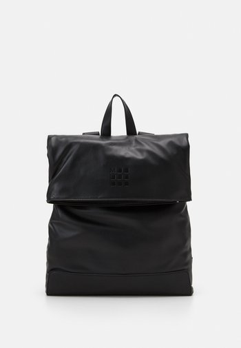 CLASSIC FOLDOVER BACKPACK
