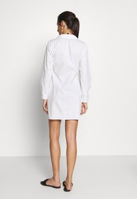 Missguided - WRAP DRESS SWIM COVER UP - Complementos de playa - white - 2