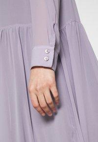 Monki - COLLINA DRESS - Blusenkleid - solid purple - 6