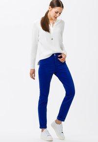 BRAX - STYLE.SHAKIRA - Jeans Skinny Fit - darkblue - 1