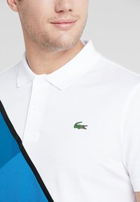 Lacoste Sport - TENNIS BLOCK - Piké - white/sumatra/illumination/black - 5