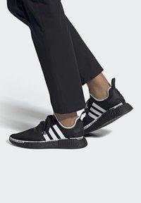adidas Originals - NMD_R1 - Sneakers basse - black - 0