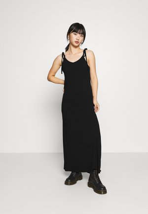 PCNEORA ANKLE DRESS PETITE  - Maxi dress - black