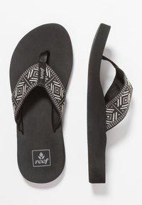 Reef - SPRING  - T-bar sandals - black/white - 3