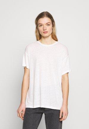 MIKKI - T-shirts - sugar