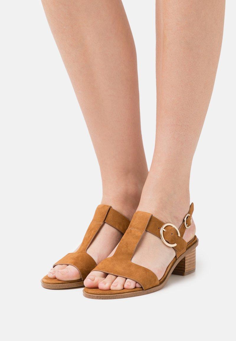 Minelli - Sandaler - tan