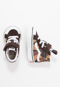 Vans - SK8 REISSUE 138 - Baby shoes - chocolate torte/true white - 0