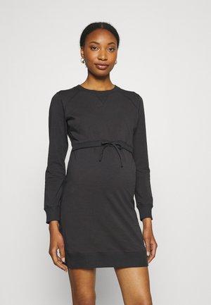 WARMER DRESS - Sukienka z dżerseju - iron