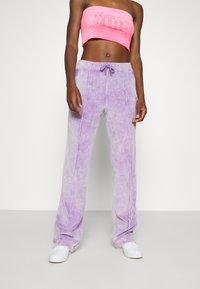 Juicy Couture - TINA TRACK PANTS - Trainingsbroek - pastel lilac acid wash - 0