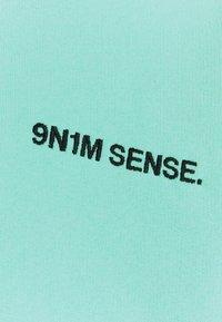 9N1M SENSE - LOGO HOODIE UNISEX - Sweat à capuche - pantone mint - 7