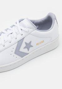 Converse - PRO UNISEX - Trainers - white/gravel - 5