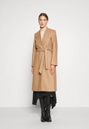 DOUBLE COLLAR COAT - Abrigo - camel
