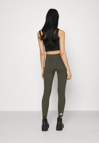 Nike Sportswear - LEGASEE ZIP - Legging - cargo khaki/white - 2