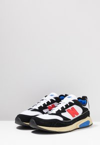 New Balance - MSXRC - Sneakers laag - black/red - 3