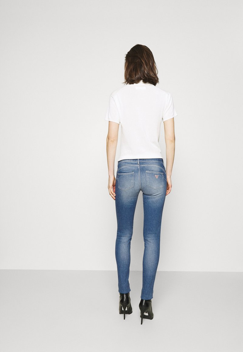 Guess - ULTRA CURVE - Jeans Skinny Fit - born to run