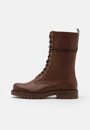 Lace-up boots - camel