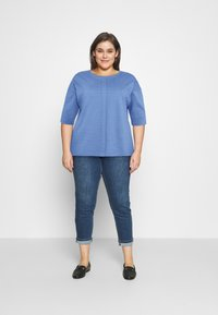 MY TRUE ME TOM TAILOR - BATWING WITH PLEAT - Print T-shirt - marina bay blue - 1