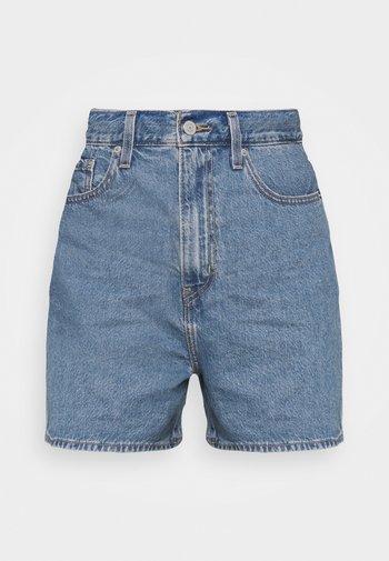 HIGH LOOSE - Shorts di jeans - blue denim
