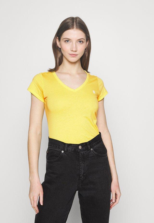 EYBEN SLIM V T WMN S\S - Basic T-shirt - bright yellow