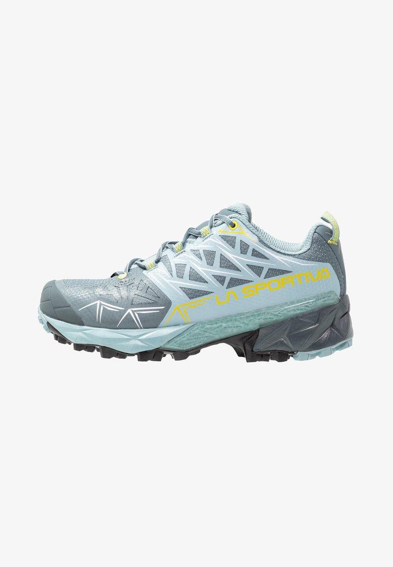 La Sportiva - AKYRA WOMAN GTX - Trail running shoes - slate/sulphur