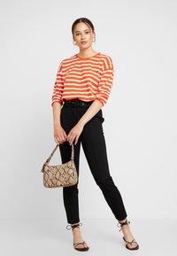 Blendshe - BSOLINE - Long sleeved top - orange/white - 1