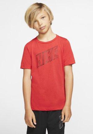 B NK BRTHE GFX SS - Print T-shirt - university red/black