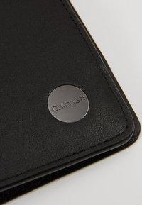 Calvin Klein - TRAVEL PASSPORT HOLDER - Jiné - black - 2