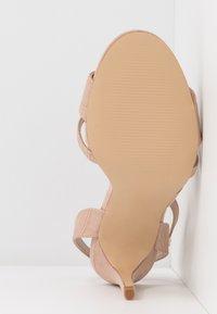 Miss Selfridge Wide Fit - WIDE FIT STELDA HILDA UPDATE - Korolliset sandaalit - nude - 6