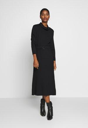ROLL NECK DRESS - Žerzejové šaty - black