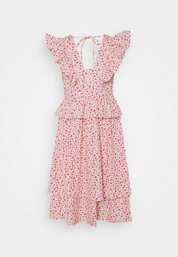 YASMUNLA MIDI DRESS SHOW - Robe d'été - star white