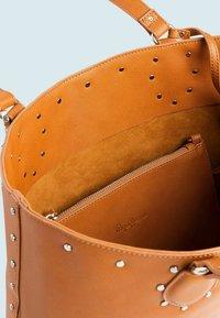 Pepe Jeans - TILDA  - Tote bag - marrón tan - 2
