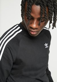 adidas Originals - 3 STRIPES UNISEX - Long sleeved top - black - 3