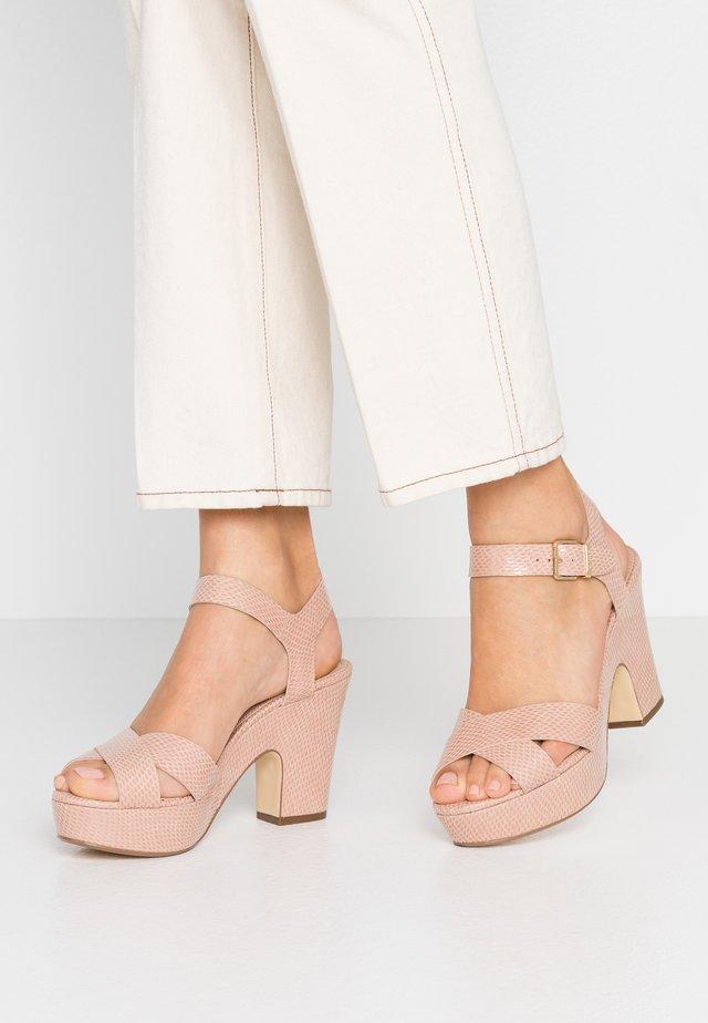 IYLENES - Korolliset sandaalit - nude