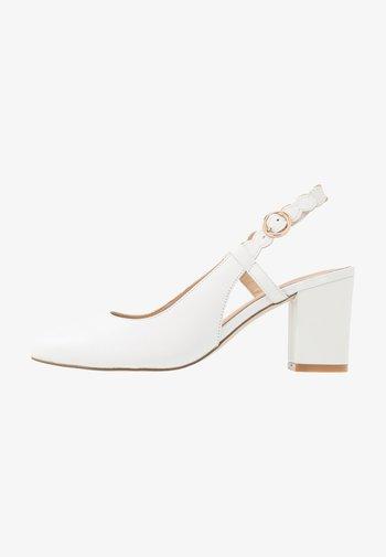 LEATHER CLASSIC HEELS - Escarpins - white