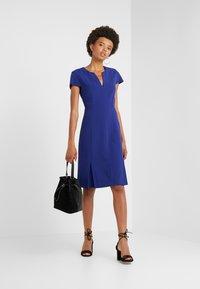 Strenesse - DRESS DORAIA - Vapaa-ajan mekko - yves blue - 1