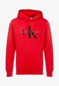 Calvin Klein Jeans - MONOGRAM HOODIE - Huppari - racing red - 3