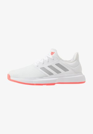 GAMECOURT - Allcourt tennissko - footwear white/silver metallic/signal pink