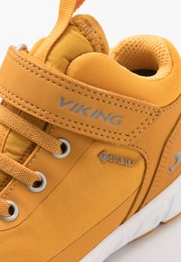Viking - SPECTRUM MID GTX - Hiking shoes - honey/grey - 2